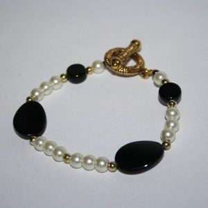 """Black gold and pearl toggle bracelet 8"""""""